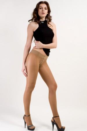 Фото женщины одевают колготки фото 697-817