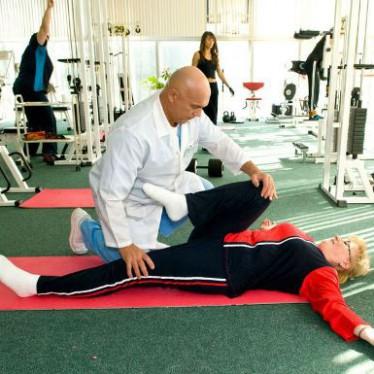 Показания и особенности гимнастики Бубновского для коленных суставов